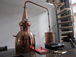 Deze afbeelding is van een 15 liter, u ontvangt dus een groter model, ook ontvangt u een gasbrander inplaats van de afgebeelde kookplaat!