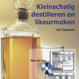Kleinschalig destilleren van Ad Coumou
